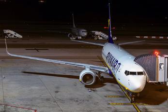 EI-DCI - Ryanair Boeing 737-800