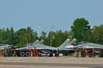 64 - Belarus - Air Force Mikoyan-Gurevich MiG-29UB