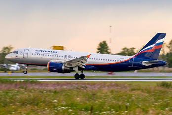VP-BZP - Aeroflot Airbus A320
