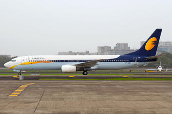 VT-JGD - Jet Airways Boeing 737-900