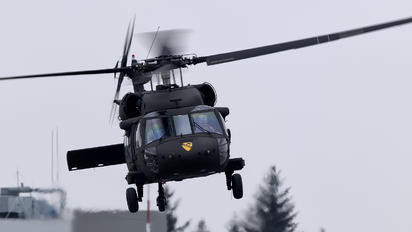 16-20832 - USA - Army Sikorsky UH-60M Black Hawk