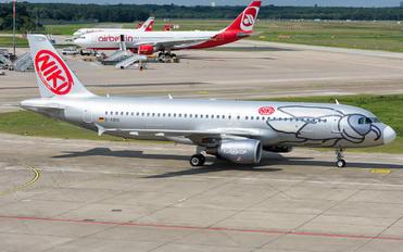 D-ABHL - Niki Airbus A320