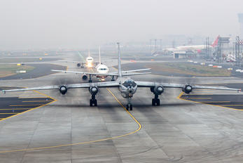 IN312 - India - Navy Tupolev Tu-142