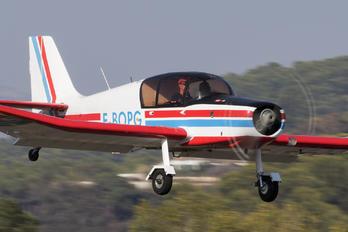 F-BOPG - Private Jodel D140 Mousquetaire