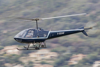 F-GDAF - Private Enstrom 280C