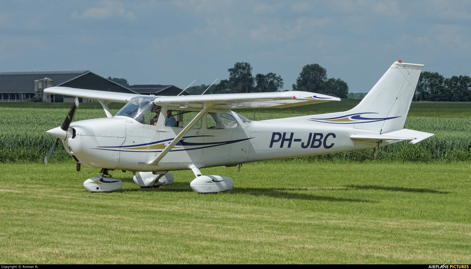 Private PH-JBC aircraft at Oostwold