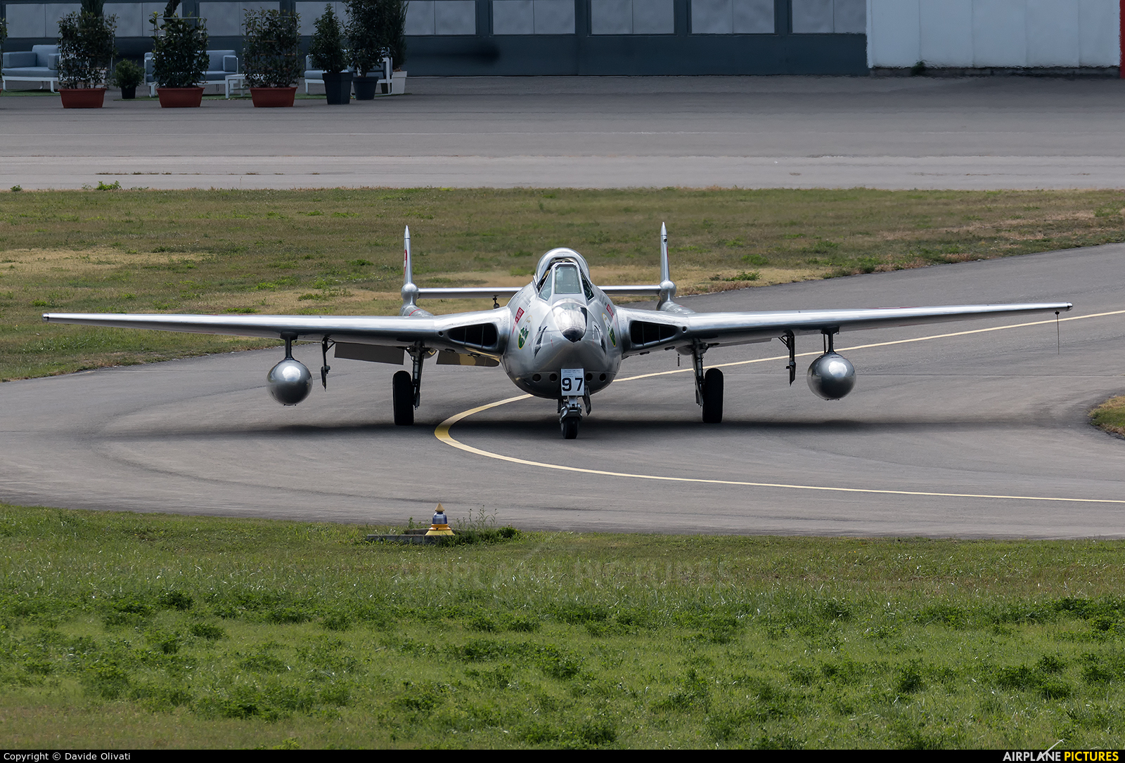 Private HB-RVN aircraft at Sion