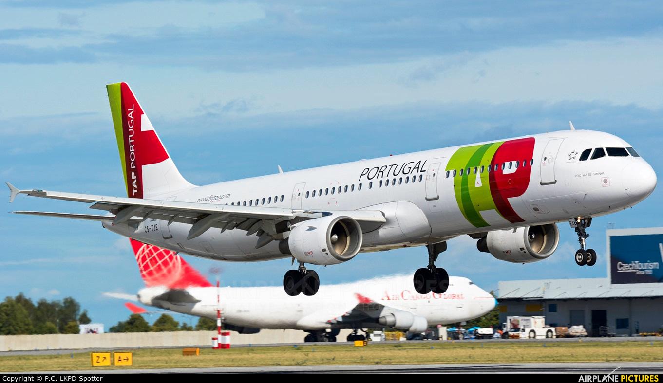 TAP Portugal CS-TJE aircraft at Prague - Václav Havel