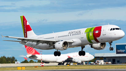 CS-TJE - TAP Portugal Airbus A321