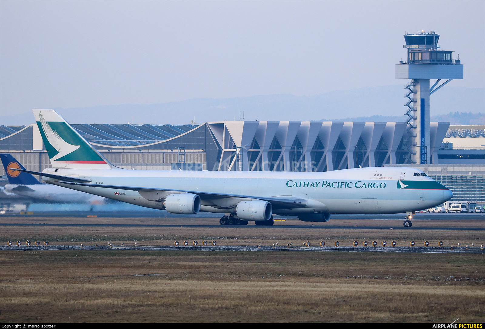 Cathay Pacific Cargo B-LJI aircraft at Frankfurt