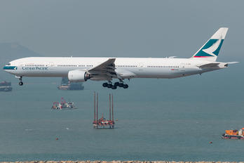 B-HNH - Cathay Pacific Boeing 777-300
