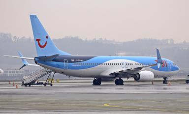 G-TAWU - TUI Airways Boeing 737-800