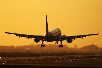 EC-HDV - Iberia Boeing 757-200