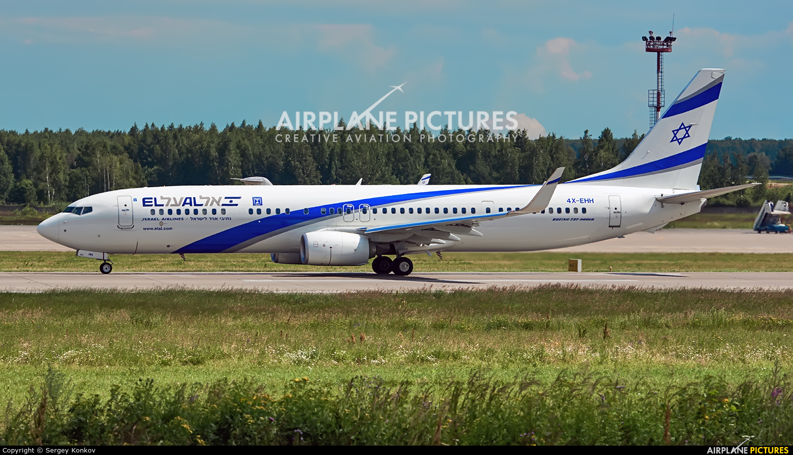 El Al Israel Airlines 4X-EHH aircraft at Moscow - Domodedovo