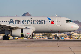 N664AW - American Airlines Airbus A320