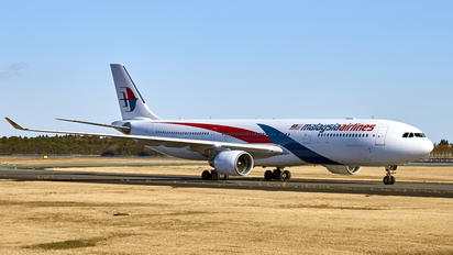 9M-MTK - Malaysia Airlines Airbus A330-300