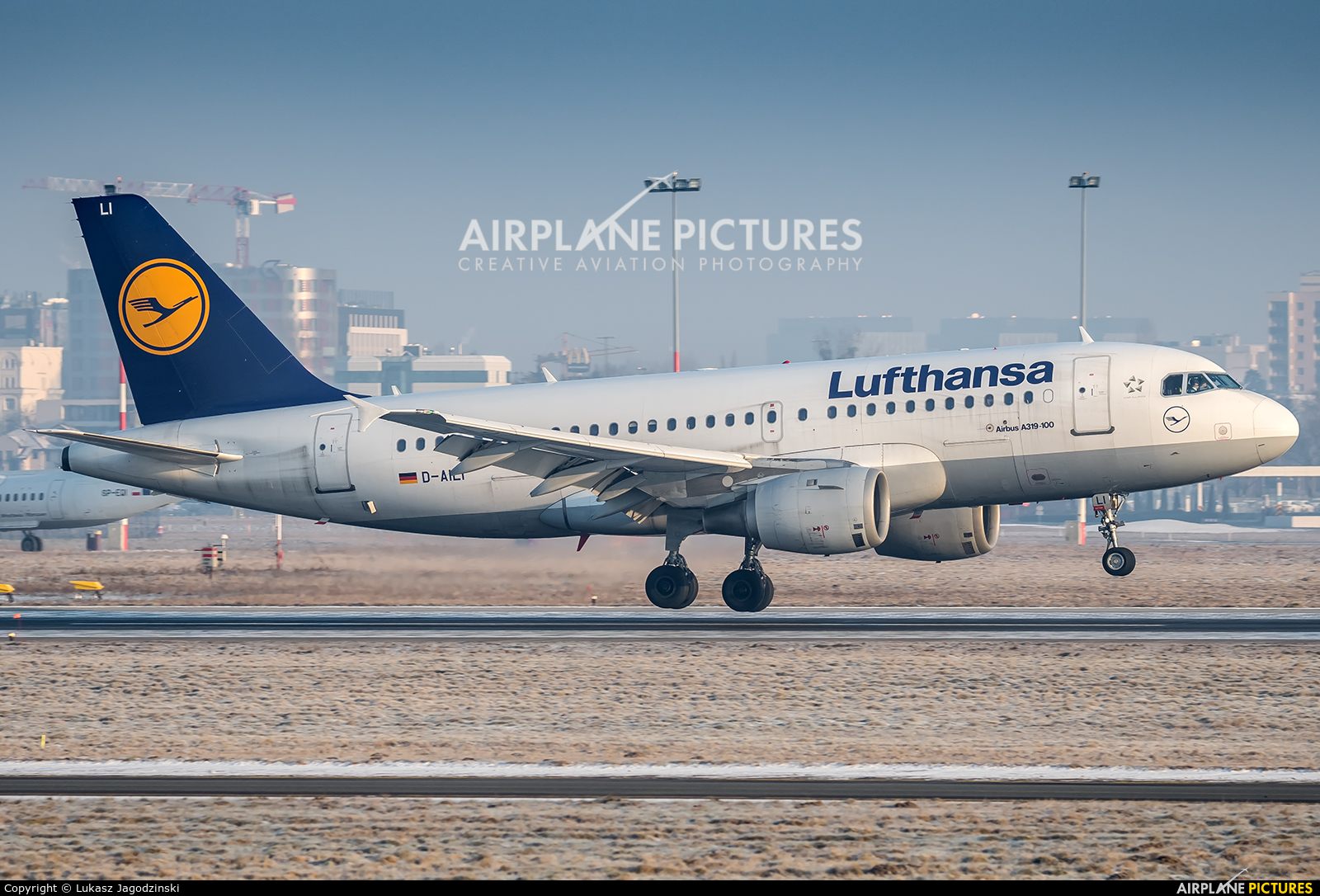 Lufthansa D-AILI aircraft at Warsaw - Frederic Chopin