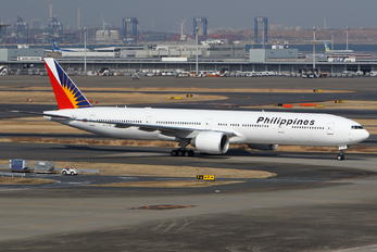 RP-C7781 - Philippines Airlines Boeing 777-300ER