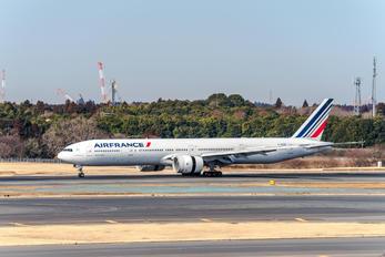 F-GSOE - Air France Boeing 777-300ER