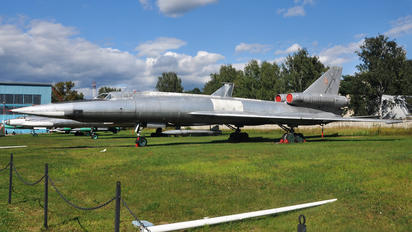 32 - Russia - Air Force Tupolev Tu-22 Blinder (all models)