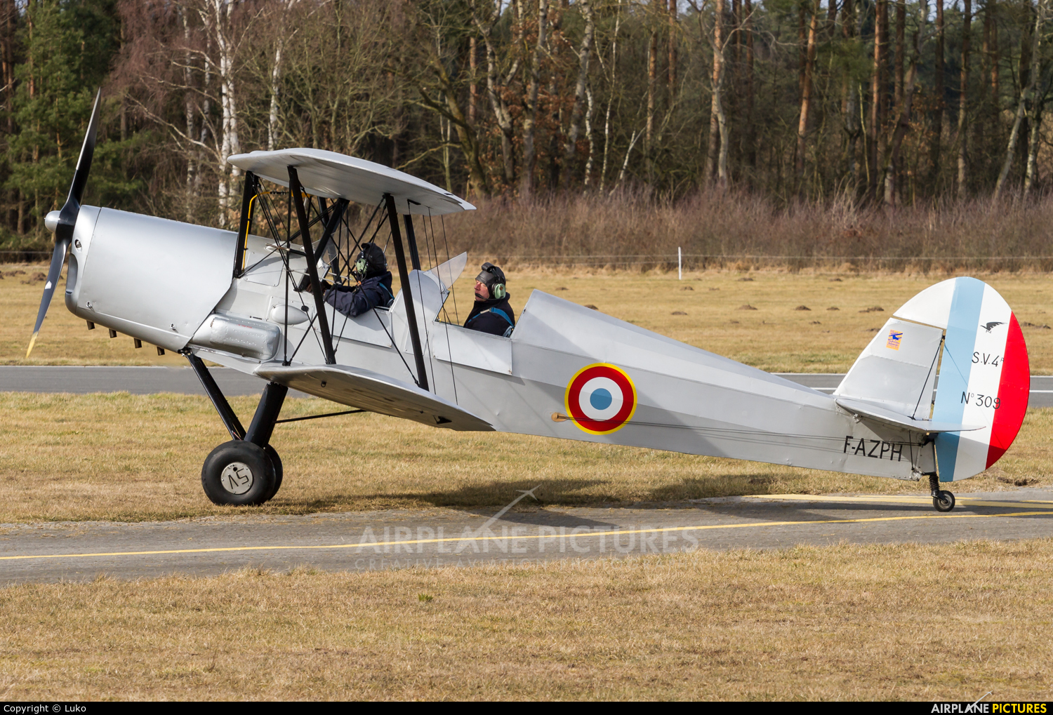 Private F-AZPH aircraft at Uelzen