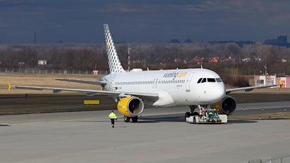 EC-MVO - Vueling Airlines Airbus A320