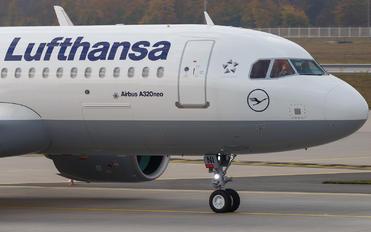 D-AINI - Lufthansa Airbus A320 NEO