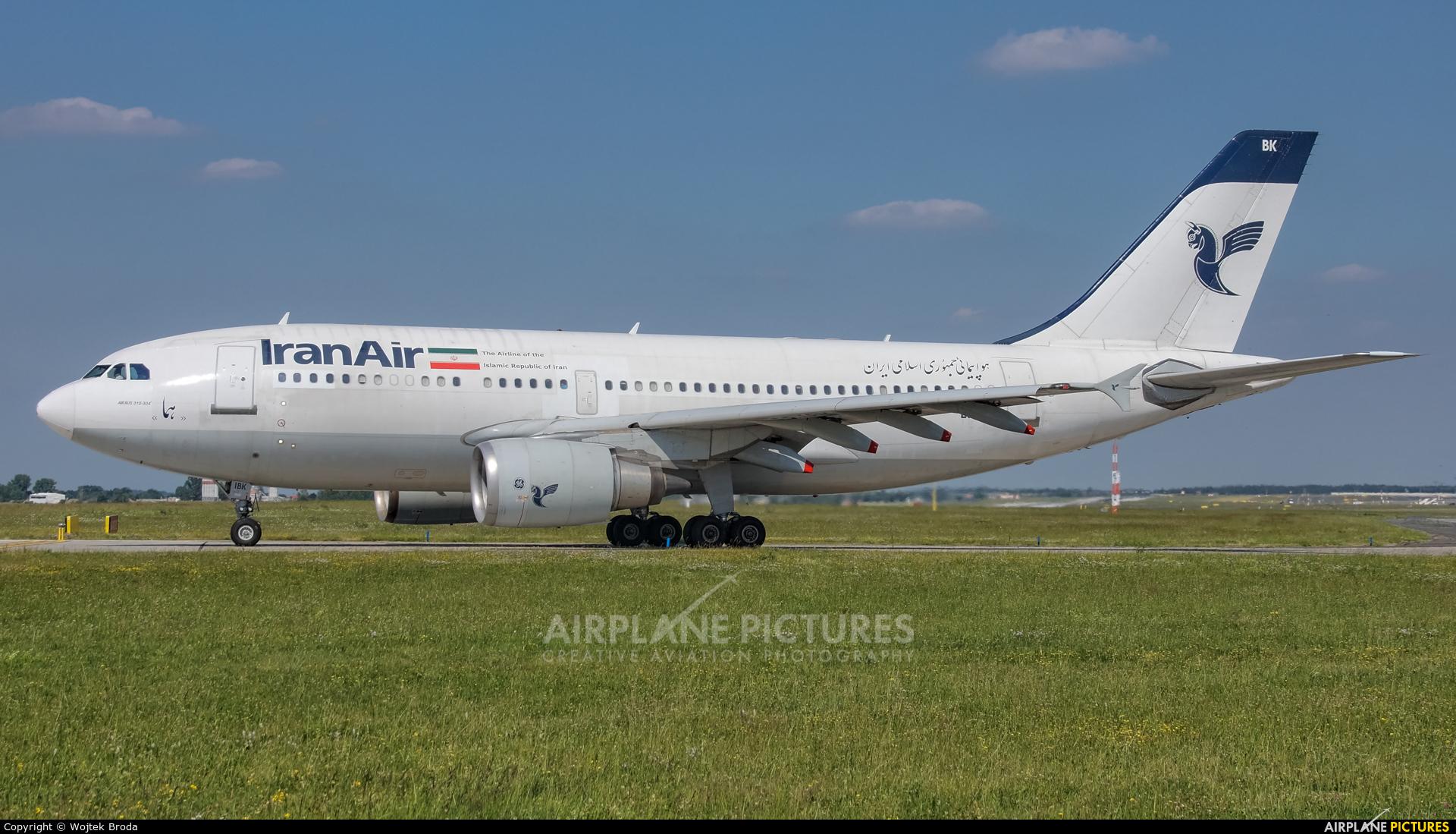 Iran Air EP-IBK aircraft at Prague - Václav Havel