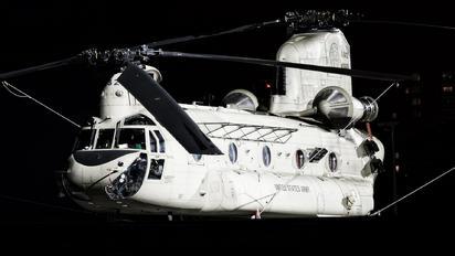 13-08432 - USA - Army Boeing CH-47F Chinook
