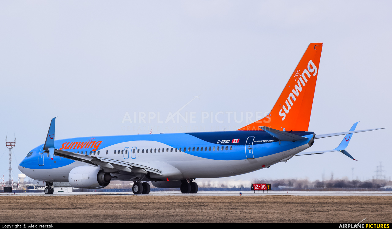 Sunwing Airlines C-GEWO aircraft at Windsor, ON