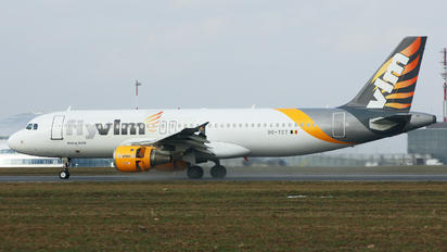OO-TCT - VLM Airlines Airbus A320