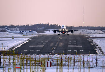 OH-LWH - Finnair Airbus A350-900
