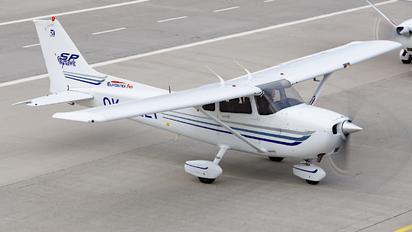 OK-ELT - Elmontex Air Cessna 172 Skyhawk (all models except RG)