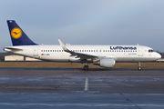 D-AIWA - Lufthansa Airbus A320 aircraft