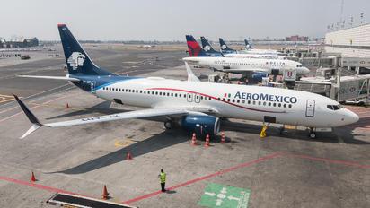 XA-ADT - Aeromexico Boeing 737-800