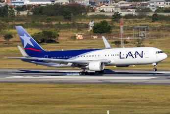 CC-BDA - LAN Airlines Boeing 767-300ER