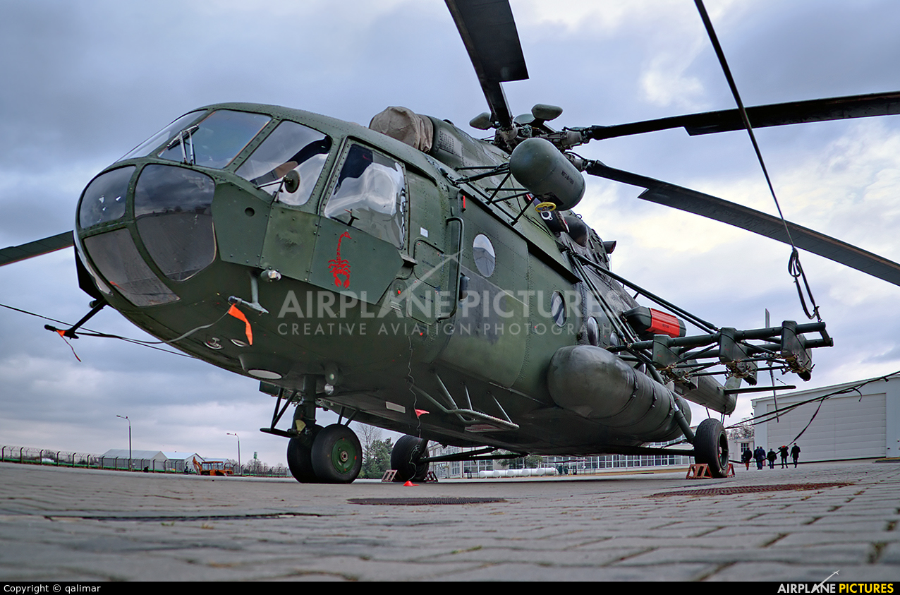 6110 - Poland- Air Force: Special Forces Mil Mi-17-1V at