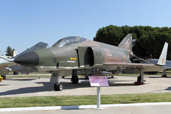 CR.12-42 - Spain - Air Force McDonnell Douglas RF-4C Phantom II
