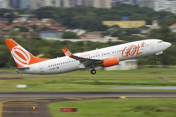 PR-VBK - GOL Transportes Aéreos  Boeing 737-800