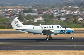 76-0165 - USA - Air Force Beechcraft C-12C Huron