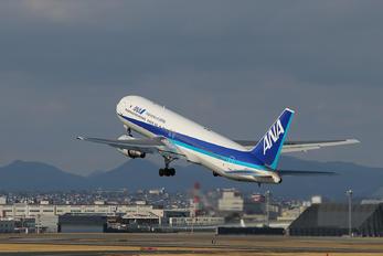 JA8569 - ANA - All Nippon Airways Boeing 767-300