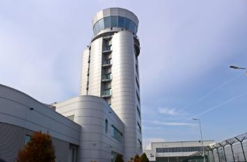 - -  - Airport Overview - Control Tower