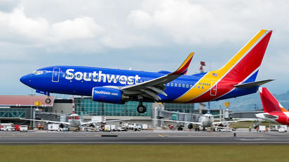 N7846A - Southwest Airlines Boeing 737-700