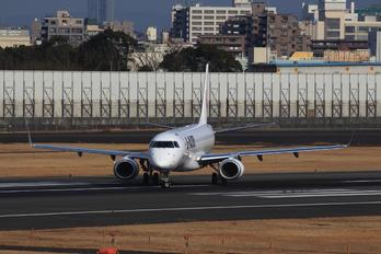 JA252J - JAL - Japan Airlines Embraer ERJ-190 (190-100)