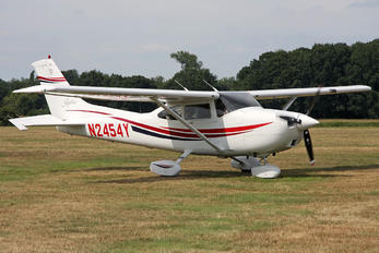 N2454Y - Private Cessna 182 Skylane (all models except RG)