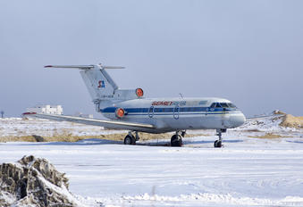 UP-Y4016 -  Yakovlev Yak-40