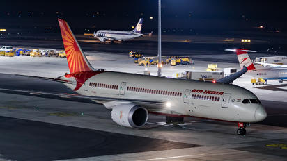 VT-ANJ - Air India Boeing 787-8 Dreamliner