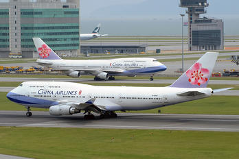 B-18209 - China Airlines Boeing 747-400