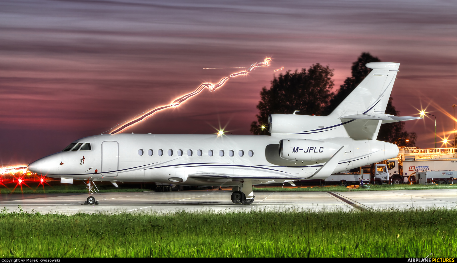 Private M-JPLC aircraft at Warsaw - Frederic Chopin