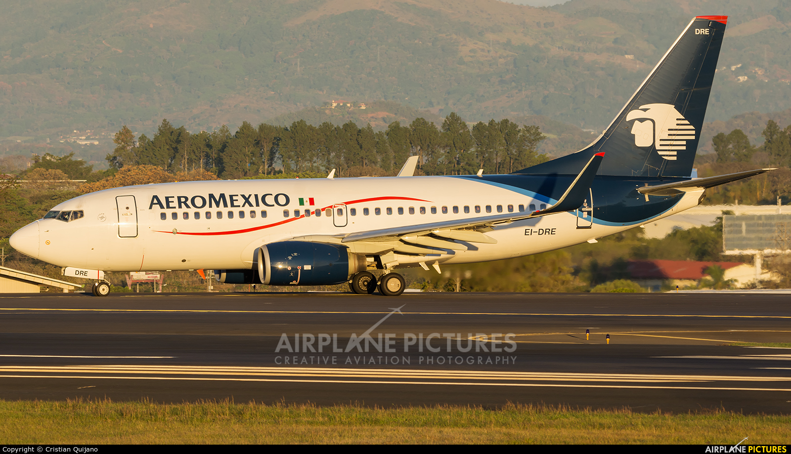 Aeromexico EI-DRE aircraft at San Jose - Juan Santamaría Intl
